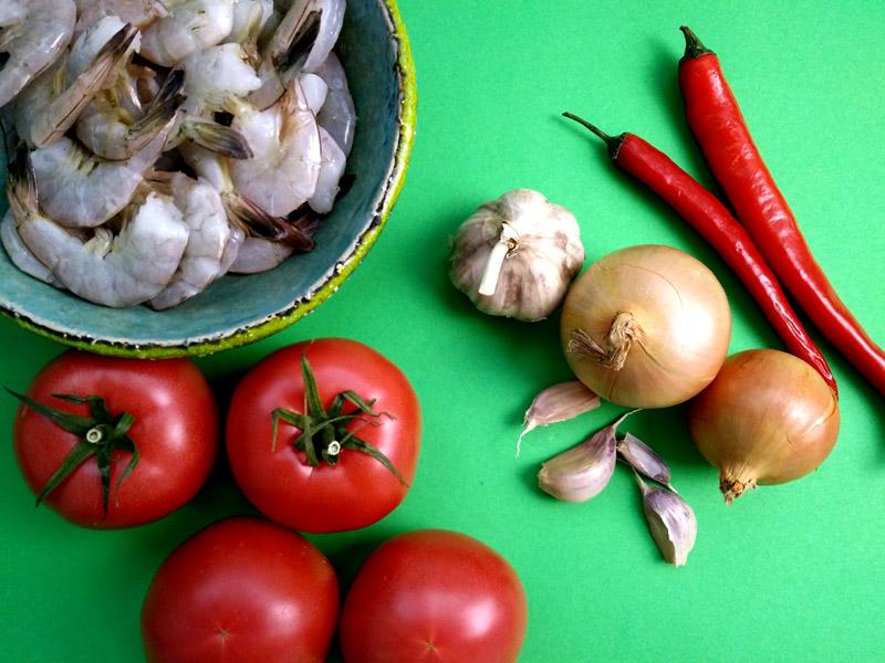 Krewetki smażone na maśle i papryczce chili